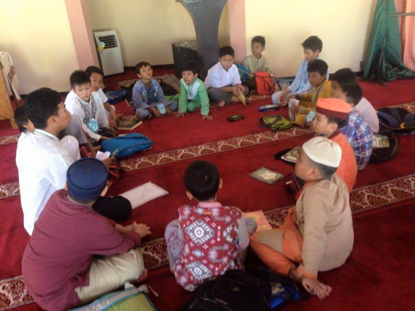 Pesantren Kilat (Sanlat) PC. IPM Cileungsi Bekerjasama dengan DKM Masjid As-Salam Perum. Metland Transyogi (1)