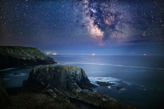 night-sky-stars-milky-way-photography-32__880-640x427