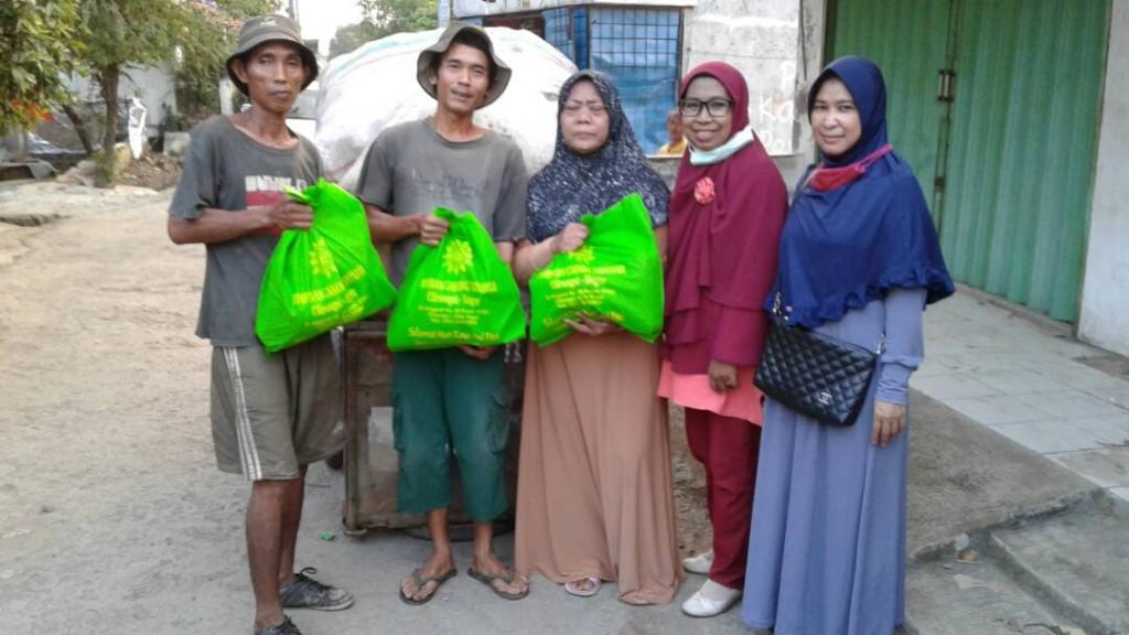 Aisyiyah Cileungsi berbagi Sembako Ramadhan (4)