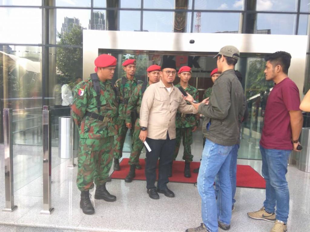 KOKAM Bogor kawal Ketum PP PM ke KPK (2)