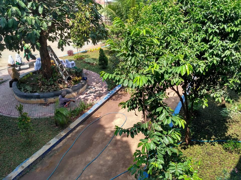 Taman SMA Muhammadiyah Cileungsi 1
