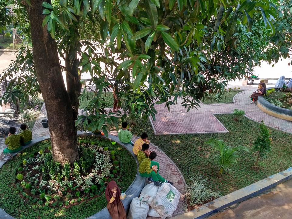 Taman SMA Muhammadiyah Cileungsi